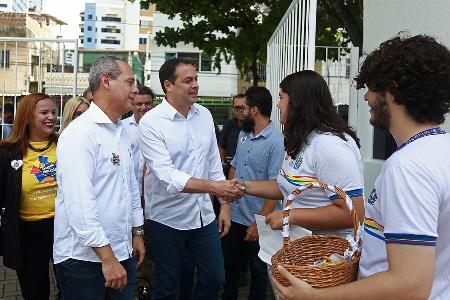 Governador Paulo Camara na Caravana da Educacao Recife Sul01